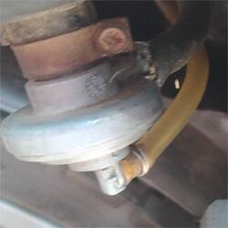 robogo-vakuumos-benzincsap-uzemanyagcso